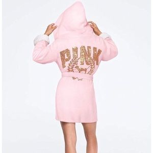 VS PINK SHERPA LINED PLUSH COZY ROBE XS/S